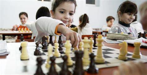 imagenes niños jugando ajedrez armenia el pa 237 s que revolucion 243 su educaci 243 n haciendo