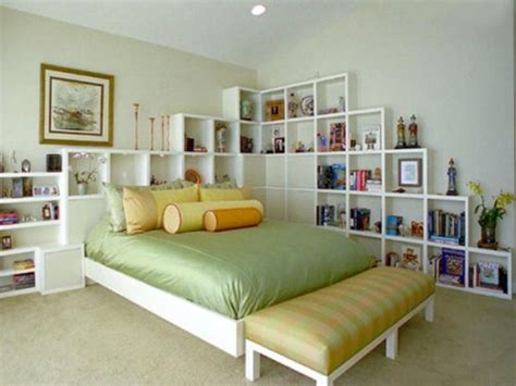 44 smart bedroom storage ideas digsdigs - Shelving Ideas For Bedrooms