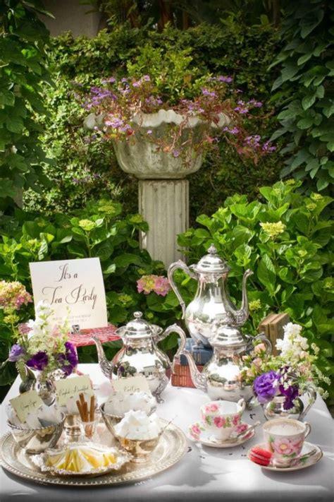 Baby Shower Ideas For Girls Baby Blankets Plush Toys Garden Tea Baby Shower Ideas