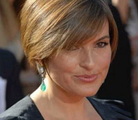 stylish middleaged womens hair styles short haircuts for middle aged women
