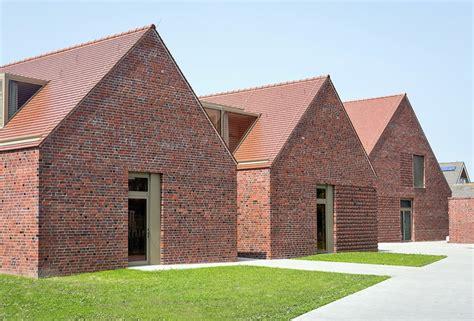 Roter Klinker by Haus Meedland Auf Langeoog Spagat Zwischen Moderne Und