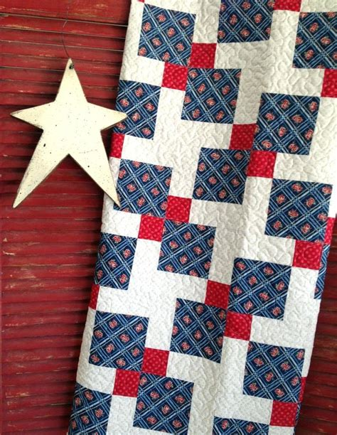 quilt pattern using 3 fabrics four patch quilts patterns 4 patch quilt ideas twist and