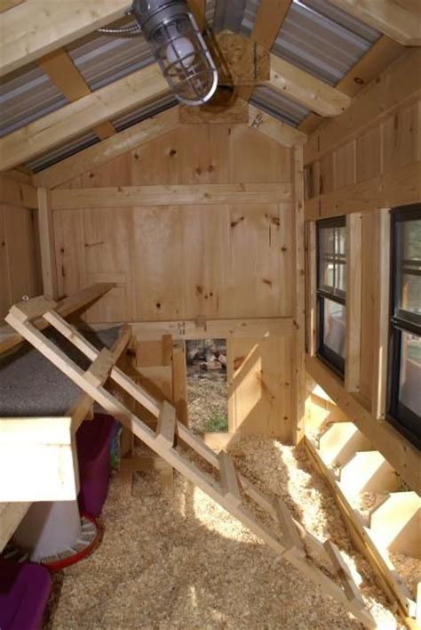interior layout of a chicken coop wow great interior chicken coops pinterest