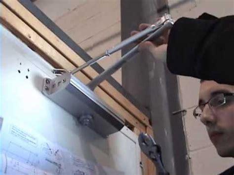 Stop Door Penahan Pintu Skiphop how to install door closer standard installation tell