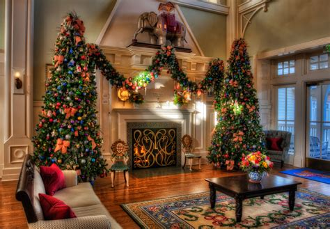 christmas decor images disney christmas decorations images