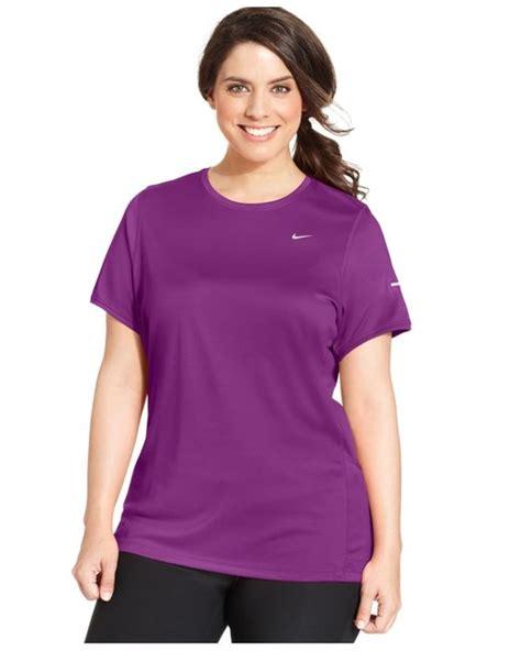 T Shirt Nike Plus nike plus size dri fit t shirt in purple purple dusk lyst