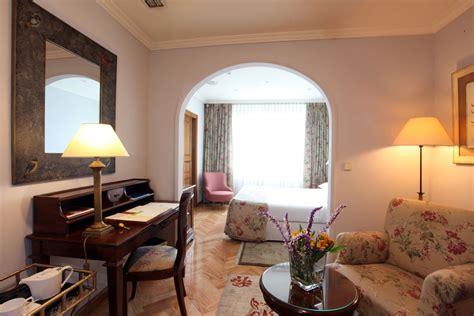 hoteles con en la habitacion cerca de madrid 5 escapadas de fin de semana cerca de madrid nomolesten