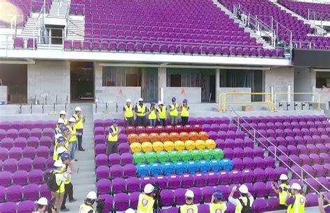 Kursi Pelangi 49 kursi pelangi sebagai penghormatan kepada korban tragedi orlando suarakita