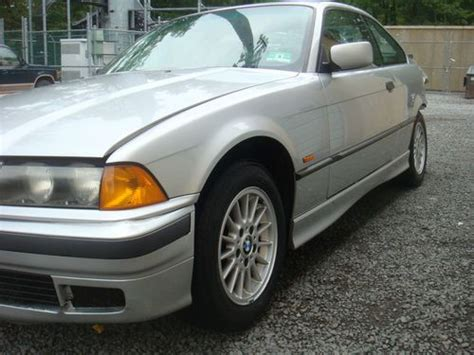 sell used 1998 bmw 323is buy used 1998 bmw 323is base coupe 2 door 2 5l in flemington new jersey united states