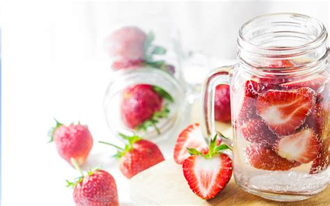 How To Prepare Detox Water by How To Make Detox Water Trim Club