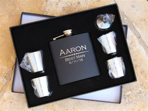 Groomsmen Flask Gift Set , Personalized Engraved Hip Flask