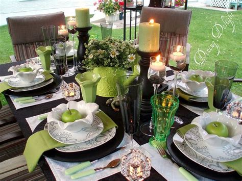 elegant tablescapes dining room tablescapes pinterest black white apple green tablescape by dining delight