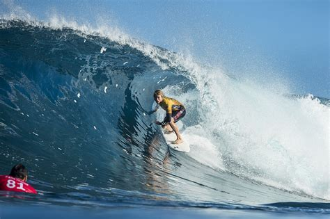 florence slater  ibelli  return  billabong pipe