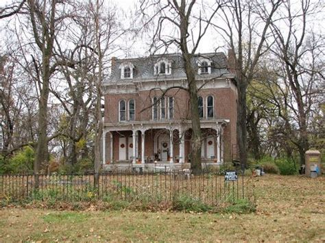 haunted houses in southern illinois most haunted places in america voted in the top 10 of america s most haunted
