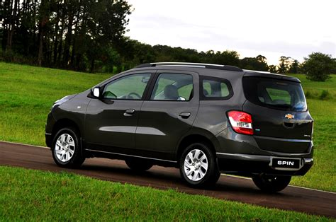 chevrolet spin philippines chevrolet s spin yes that s the car s name flipgear