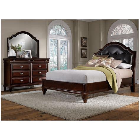 manhattan  piece queen bedroom set cherry  city furniture