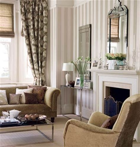 Striped Living Room Wallpaper by Smart Striped Living Room Ideas And Designs