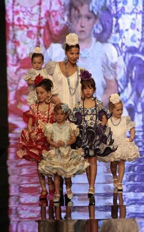 vestidos de gitana de ni a cortos trajes de flamenca para ni 241 as archives entre cirios y