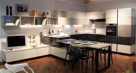 cucina tetrix cucina tetrix scavolini in promozione al 50 centro mobili