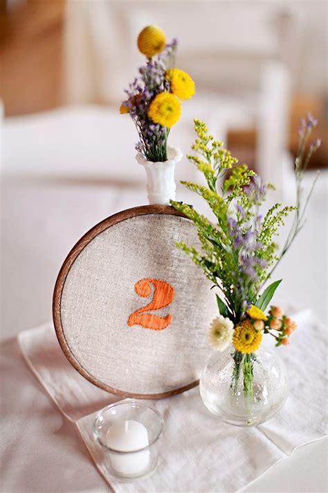 25 Unique Embroidery Hoops Boho Wedding Decor Ideas   Deer