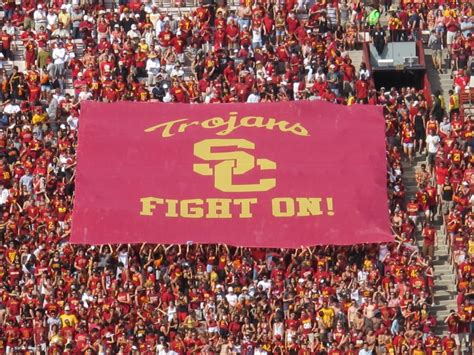 usc student section september 2012 2 candygrams