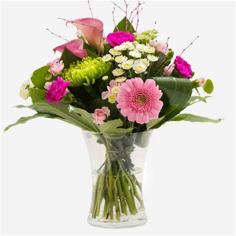 Send Flowers by Send Flowers To Australia From Uk