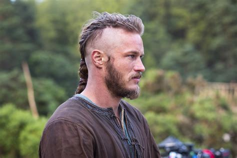 travis fimmel hair vikings ragnar costume research vikings pinterest