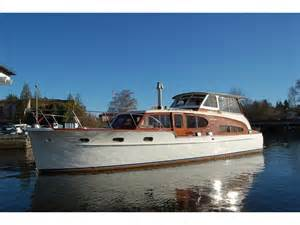 Cabin Cruisers For Sale by 1949 Chris Craft Cabin Cruiser Powerboat For Sale In Washington