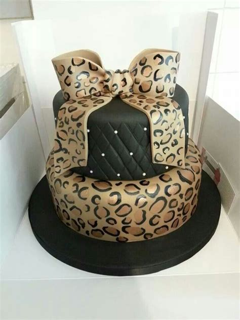 1000  ideas about Leopard Print Cakes on PinSco   Leopard Cake, Zebra Cakes and Cheetah Print Cakes