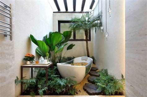 interior design ideas green houseplants in the bathroom