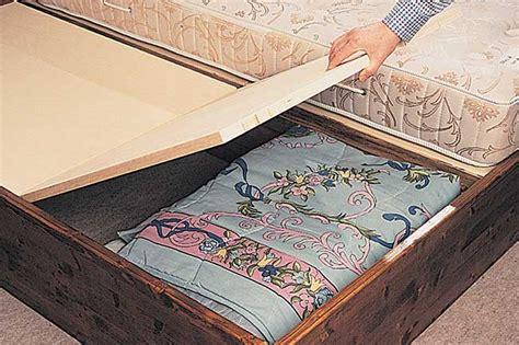 costruire letto in legno come costruire un letto contenitore in legno massello