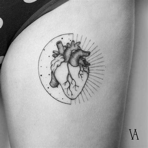 39 inspiring anatomical heart tattoos tattoobloq