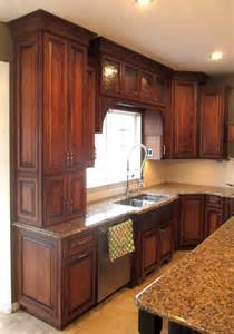 maple cabinets with cherry stain and mocha glaze traditional kitchen