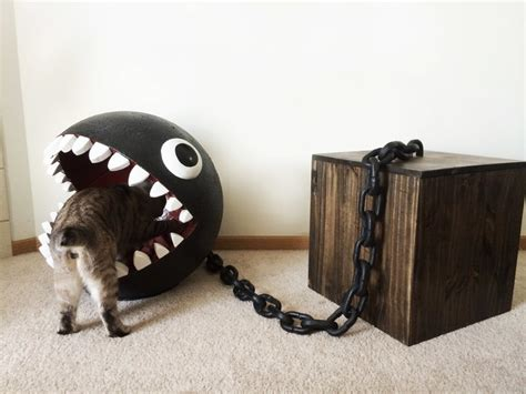 unique cat bed in shape of chain chomp character chain