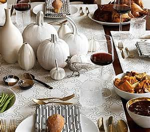 Thanksgiving Table Favors 12 Stylish Thanksgiving Table Setting Ideas