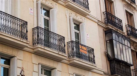 cartel venta piso 191 buscas un piso barato en madrid madridiario