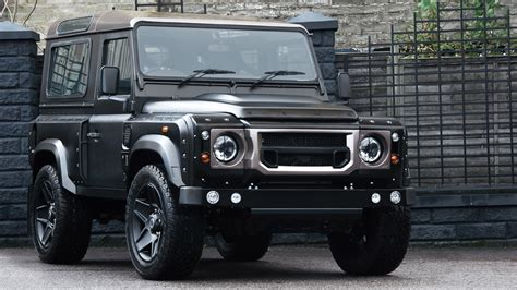 this chelsea truck company defender is road fashion