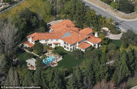 kris jenner s house inside bruce jenner s secluded 3 5m malibu home daily