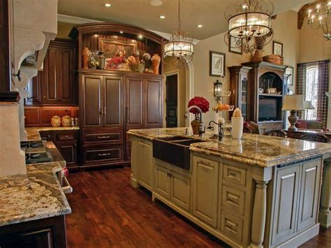 southern kitchen ideas 258 best kitchen lighting images on