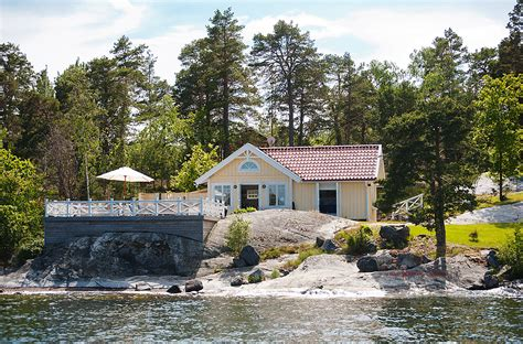 Swedish Lakeside Cabins by Cozy Seaside Cottage In The Of Kalvsvik Sweden