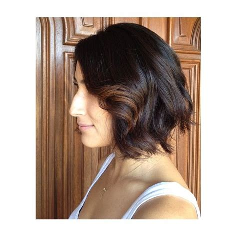 where to apply face framing highlights on short hair a line bob with a hint of balayage face framing highlights