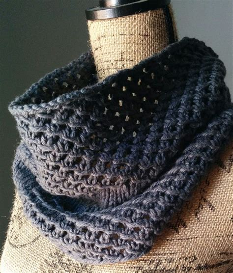 free cowl knitting patterns with bulky yarn free knitting pattern for 4 row repeat mesh cowl