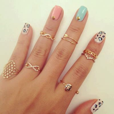 mid finger rings tumblr it s mathilda beauty fashion lifestyle fashion trend