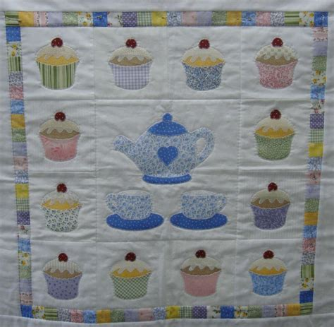 Cupcake Quilt Block by 18 Best Images About Quilts Cupcakes On Free