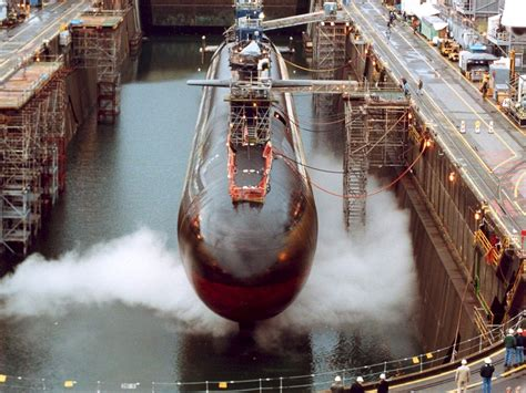 electric boat submarine submarine uss ohio the contract to build her was awarded