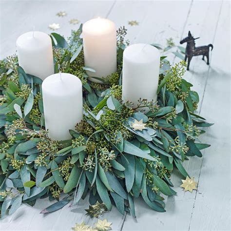 tipps und adventskranz ideen der frische adventskranz aus eukalyptus bild 2
