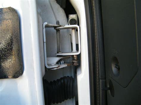 how to fix chevy s 10 door hinges it still runs your