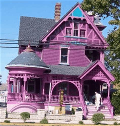 Black Master Purple Putih the sunflower house roofies