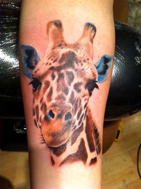 giraffe tattoo design giraffe ideas