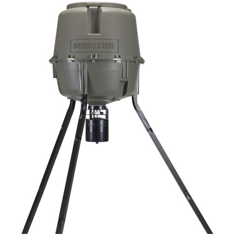 Moutrie Feeders moultrie 30 gallon pro lock feeder 284717 feeders at sportsman s guide